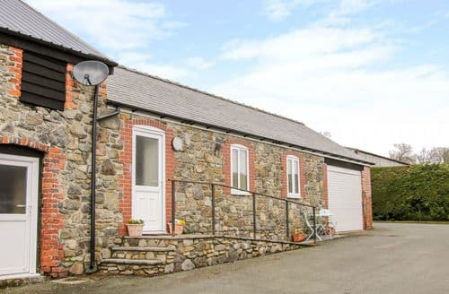 Last Minute Cottages - Cut Lloi