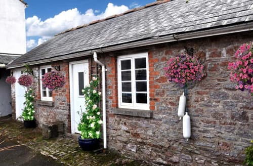 Last Minute Cottages - Galmpton Stable