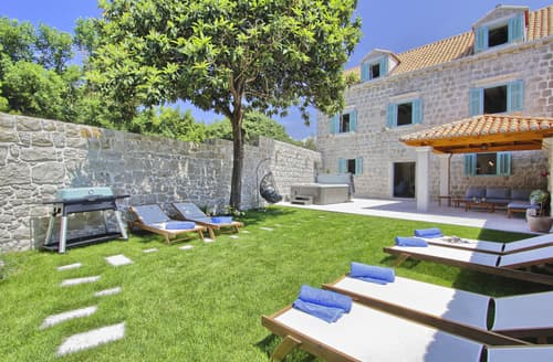 Last Minute Cottages - Villa Cavtat
