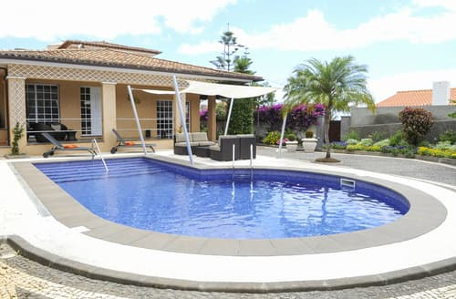 Last Minute Cottages - Villa Madere
