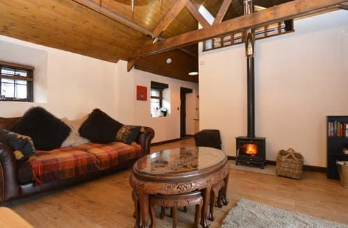 Last Minute Cottages - Lovely Swansea Barn S140874