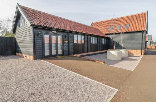 Last Minute Cottages - Captivating Laxfield Cottage S140952