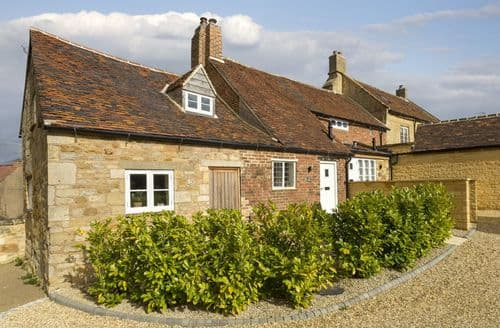 Dog Friendly Cottages - The Bakery, Stretton-on-Fosse