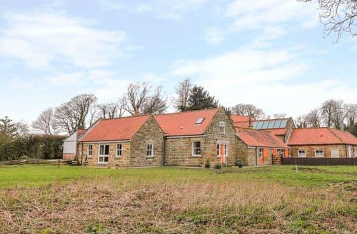 Last Minute Cottages - Plum Cottage