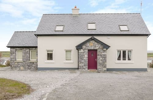 Last Minute Cottages - Captivating New Quay, County Clare Cottage S141082