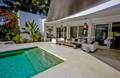 Last Minute Cottages - Villa Elna
