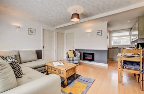 Last Minute Cottages - Luxury Dartmouth Lodge S141199
