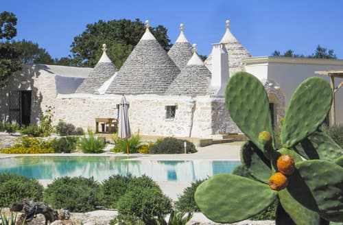 Last Minute Cottages - Trulli Trazzonara