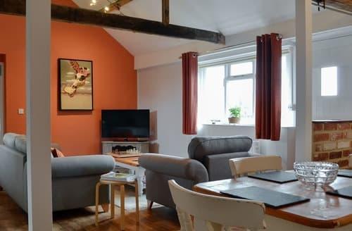 Last Minute Cottages - Luxury Spexhall Cottage S141237