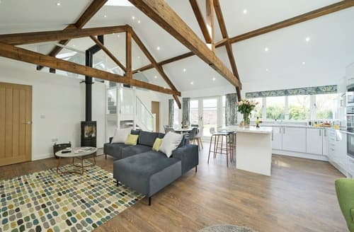 Last Minute Cottages - The Cart Barn