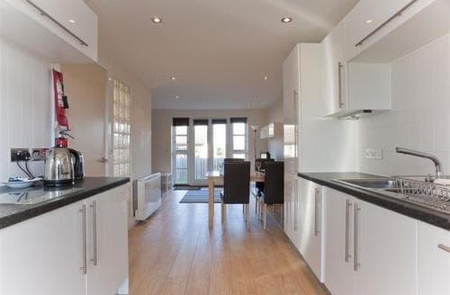 Last Minute Cottages - Merryn Villas - with paws