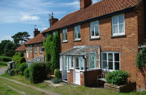 Last Minute Cottages - Adorable Walberswick Cottage S141547