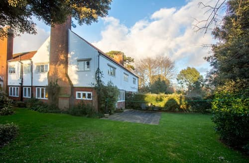 Last Minute Cottages - Gorgeous Walberswick Apartment S141549