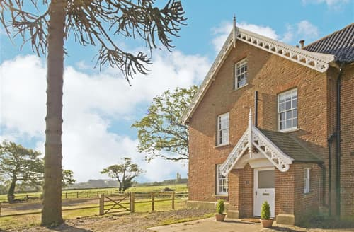 Last Minute Cottages - The Old Hall Farm House