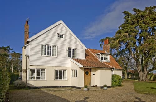 Last Minute Cottages - The Lodge