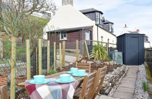 Last Minute Cottages - Gorgeous Collieston Cottage S141642