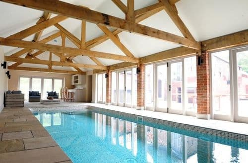 Last Minute Cottages - Small group offer at Marris Barn
