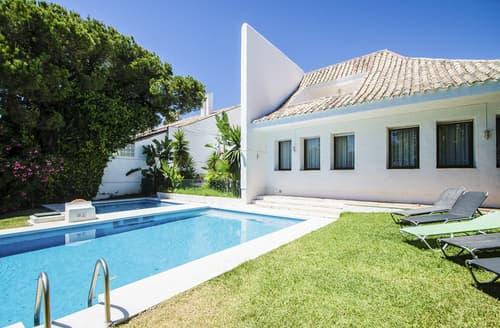 Last Minute Cottages - Villa Calendula