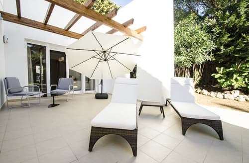 Last Minute Cottages - Villa Veza