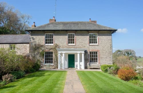 Last Minute Cottages - Gitcombe House - UKC3972