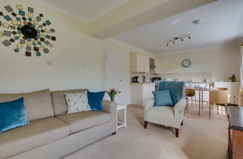 Last Minute Cottages - Adorable Tenterden Cottage S141803