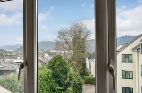 Last Minute Cottages - Splendid Bowness On Windermere Apartment S141904