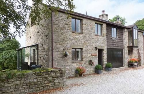 Last Minute Cottages - River Cottage