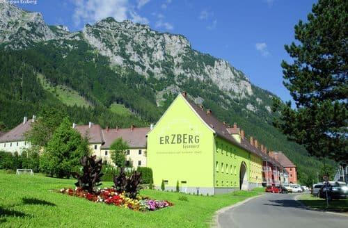 Last Minute Cottages - Stunning Eisenerz Apartment S143564