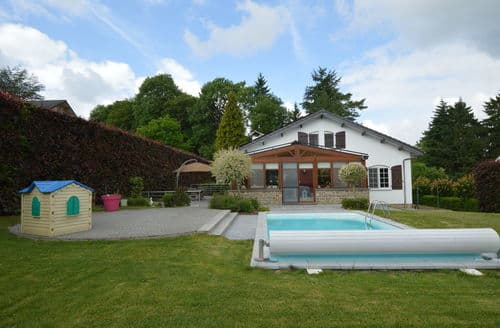 Last Minute Cottages - La Belle Provencale