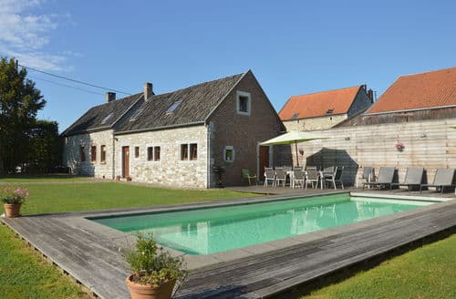 Last Minute Cottages - Le Vieux Goé