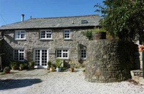 Last Minute Cottages - Henwood Barn