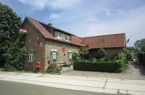 Last Minute Cottages - Charming Uikhoven Cottage S144358