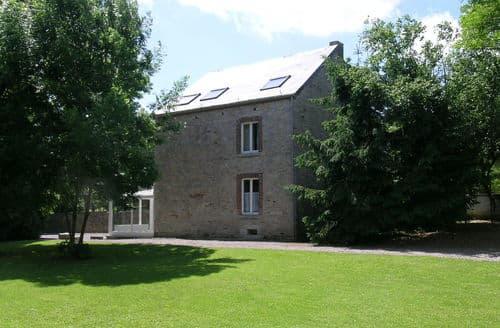 Last Minute Cottages - Gorgeous Ferrieres Cottage S144409