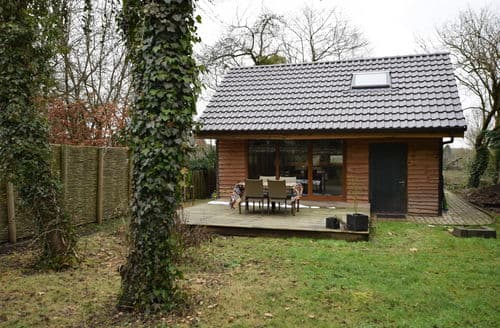 Last Minute Cottages - Attractive Ouffet Cottage S144428