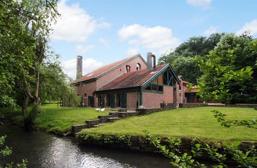 Last Minute Cottages - Delightful Hamoir Ouffet Cottage S144429