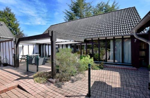 Last Minute Cottages - Lovely Leykaul Cottage S144452