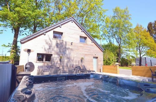 Last Minute Cottages - Maison Briscot