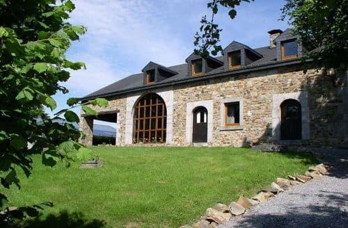 Last Minute Cottages - La Rocca