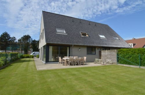 Last Minute Cottages - Villa Oostende
