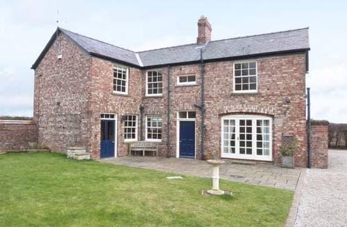 Last Minute Cottages - Melgate Coach House
