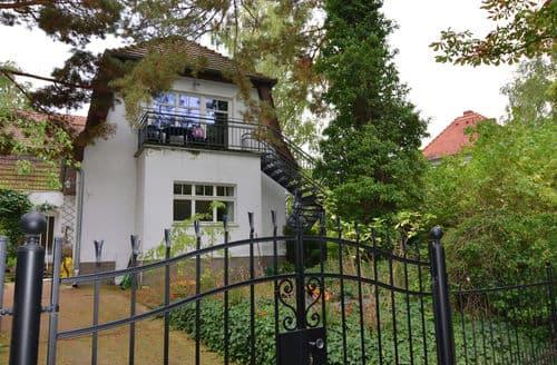 Last Minute Cottages - Wannsee II