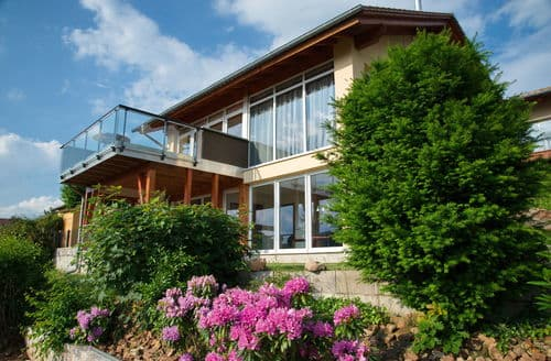 Last Minute Cottages - Lovely Waldeck Apartment S147347