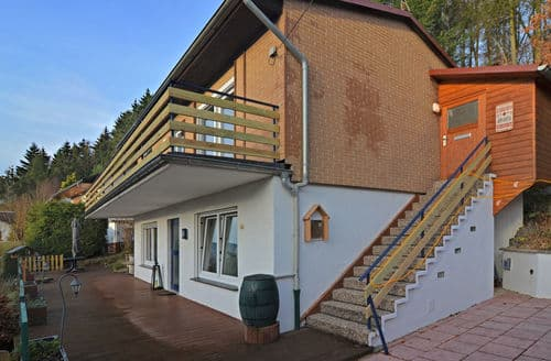 Last Minute Cottages - Delightful Diemelsee Apartment S147368