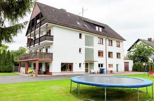 Last Minute Cottages - Gruppenhaus in Hessen