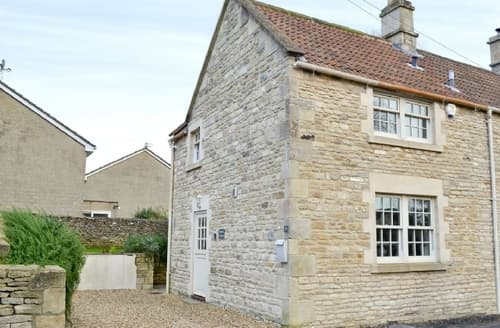 Last Minute Cottages - Beautiful Castle Combe Cottage S43481