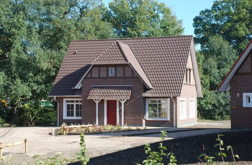 Last Minute Cottages - Ferienresort Bad Bentheim 4