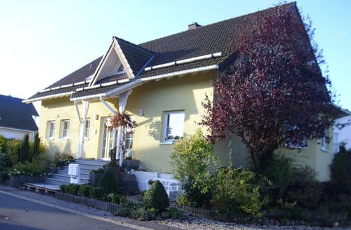 Last Minute Cottages - Stunning Mechernich Apartment S147629