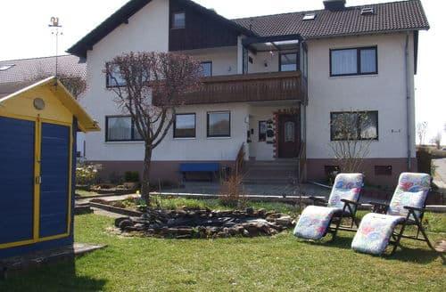Last Minute Cottages - Landhaus Schildgen