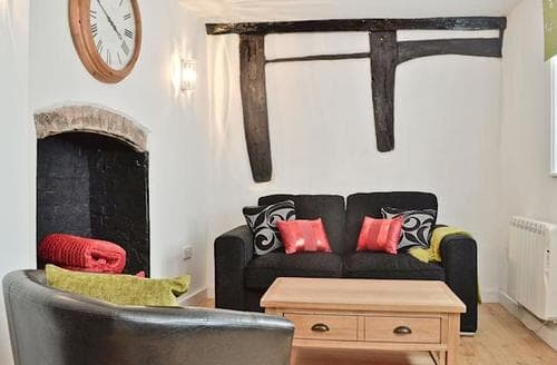 Last Minute Cottages - Luxury Malvern Cottage S43590