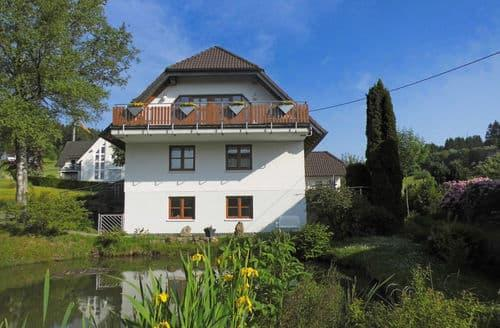 Last Minute Cottages - Stunning Kirchhundem Brachthausen Apartment S147959